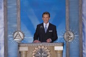 David Miscavige, Vorsitzender des Vorstands Religious Technology Center und kirchliches Oberhaupt der Scientology Religion, nahm die Einweihung der neuen Scientology Kirche und Celebrity Centre Las Vegas vor.