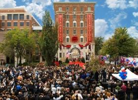 Am 31. Oktober 2009 nahmen 3000 Scientologen und Gäste an der Einweihung und Eröffnung der neuen Gründungskirche teil. Das Gebäude wurde als eines der bedeutendsten historischen Wahrzeichen von Washington vollständig wiederhergestellt.