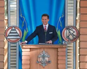 David Miscavige, Vorsitzender des Vorstands Religious Technology Center und kirchliches Oberhaupt der Scientology Religion, leitete am 4. April 2009 die Einweihung und Eröffnung der Scientology Kirche von Malmö an.
